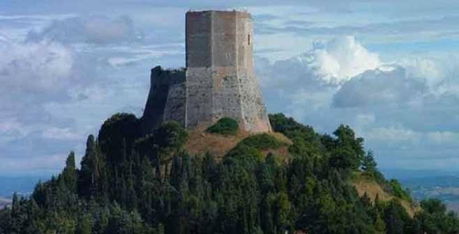 """Castiglione d'Orcia. In Liguria la presentazione del libro """"All'Ombra della Rocca"""""""