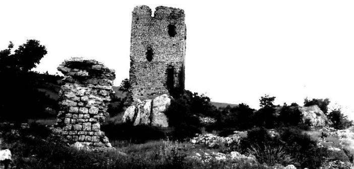 Campiglia d'Orcia. Una mostra fotografica sulla Rocca di Campigliola.