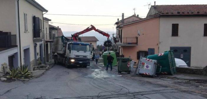 Piancastagnaio_incidente_camion_rifiuti_IMG_20180105_164104