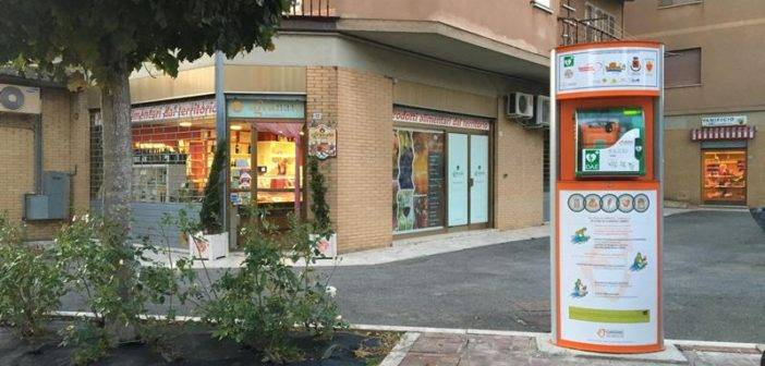 Sarteano_defibrillatore_01