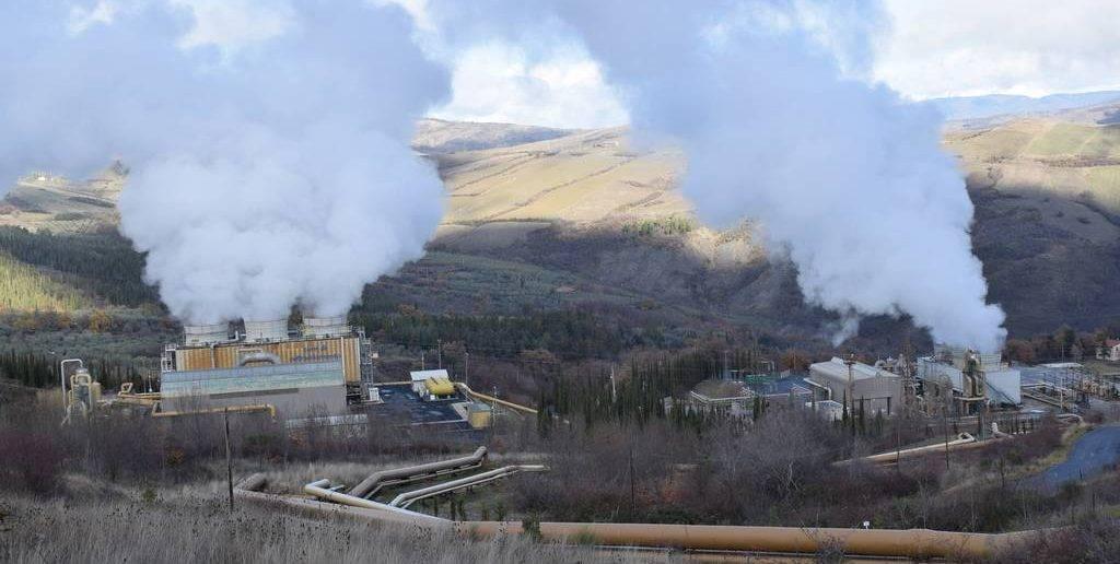 Piancastagnaio_Centrale_Geotermica_ENEL_DSC_0055