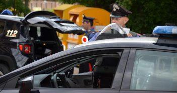 Siena. Controlli dei Carbinieri: denunciato 48enne in possesso di un coltello di 20cm ed espulsi due clandestini
