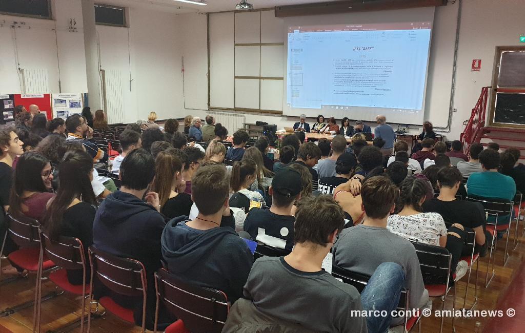Abbadia_San_Salvatore_Presentazione_Corso_IFTS_Pelletteria_20181017_110612