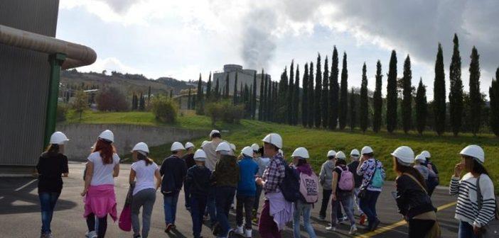 Piancastagnaio_Centrale_ENEL_visita_scolastica
