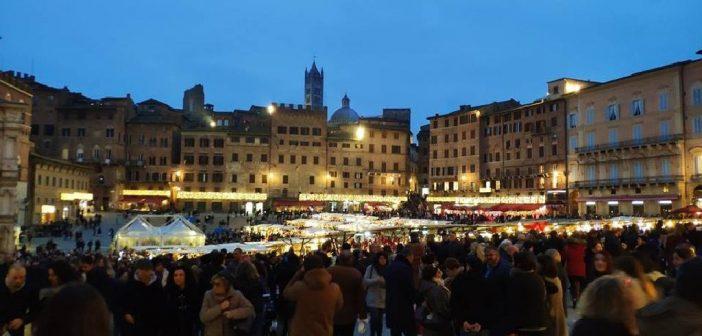 Siena_Mercato_nel_Campo_Natale_03