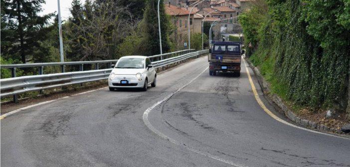 """Piancastagnaio. """"Si scorre"""": Viale Roma è completamente riaperta al traffico."""